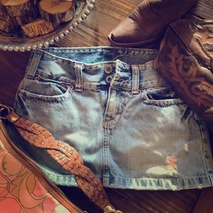 Vintage American Eagle distressed denim skirt 2